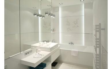 Oświetlenie łazienki – jak zrobić to dobrze